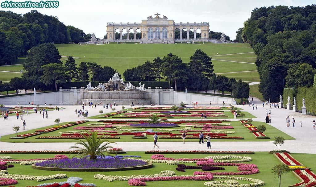 Ch teau de sch nbrunn vienne autriche les jardins la for Jardin 0 la fran9aise